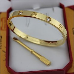 Cartier Love Bracelet replica yellow gold diamond B6035916