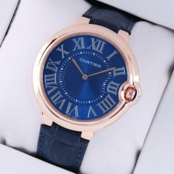 Ballon Bleu de Cartier montre extra large cadran bleu Or rose 18 carats